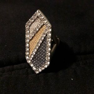 Jewelry - Beautiful Dressy Stretch Ring
